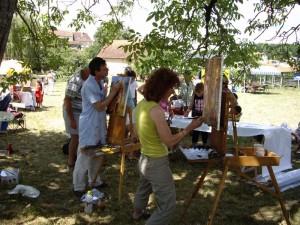 Des concurrents du concours de peinture